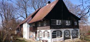 Дом с большим участком недалеко от немецкой границы