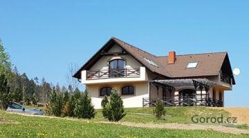 Дом 190 м2, 3068 м2 Среднечешский край